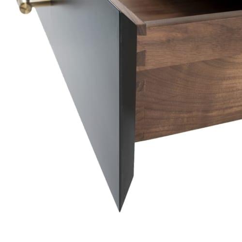Robin Bedside Table side details