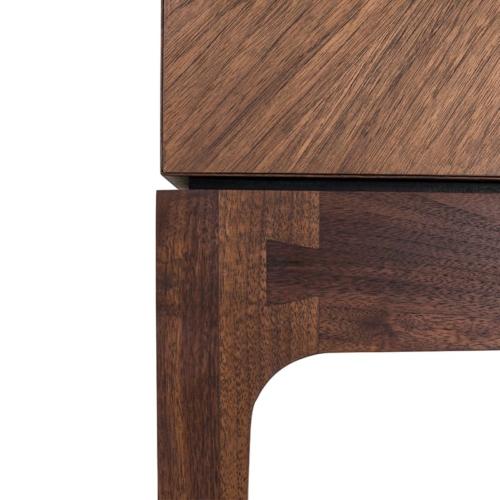 Radiate Bar close up details